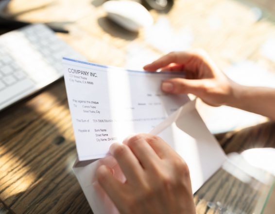 How to Calculate Payroll Deductions for Small Business in Canada